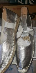 Espadrilles with ribbon ties